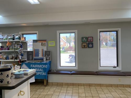 Windows and shelving at Fairmont Animal Hospital