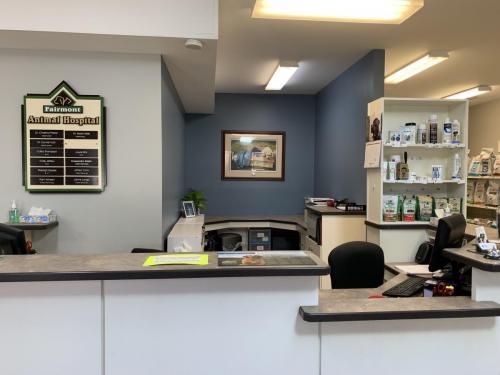 Fairmont Animal Hospital front desk